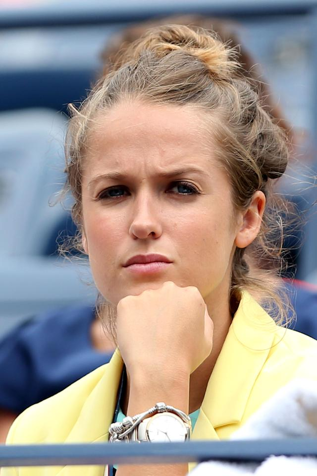 NEW YORK, NY - SEPTEMBER 08: Kim Sears the girlfriend of Andy Murray of Great Britain watches his men's singles semifinal match against Tomas Berdych of Czech Republic on Day Thirteen of the 2012 US Open at USTA Billie Jean King National Tennis Center on September 8, 2012 in the Flushing neighborhood of the Queens borough of New York City. (Photo by Clive Brunskill/Getty Images)