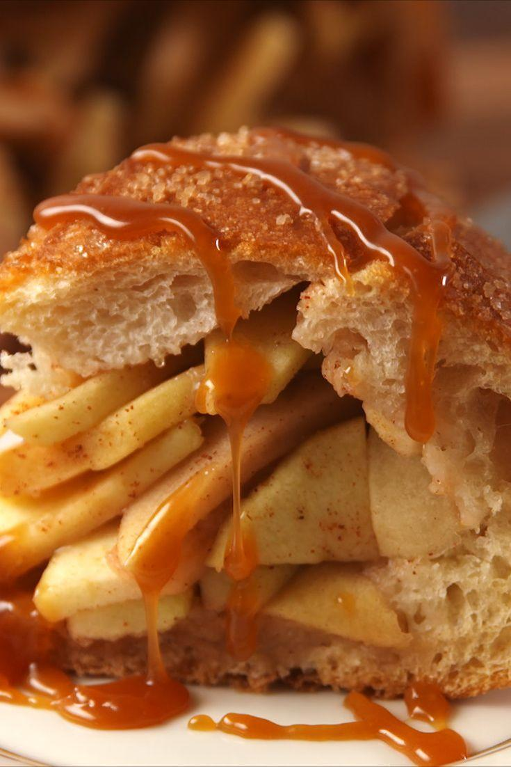 """<p>You NEED apple pie in a bread bowl.</p><p>Get the recipe from <a href=""""https://www.delish.com/cooking/recipe-ideas/recipes/a55706/apple-pie-bread-bowl-recipe/"""" rel=""""nofollow noopener"""" target=""""_blank"""" data-ylk=""""slk:Delish"""" class=""""link rapid-noclick-resp"""">Delish</a>.</p>"""