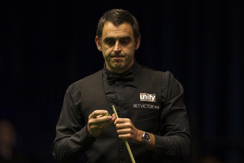 Defending champion Ronnie O'Sullivan looked in fine form in his UK Championship opener.