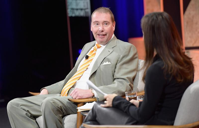 El influyente inversor de bonos Jeffrey Gundlach, director ejecutivo de DoubleLine Capital, durante una entrevista en California. (Photo by Matt Winkelmeyer/Getty Images)