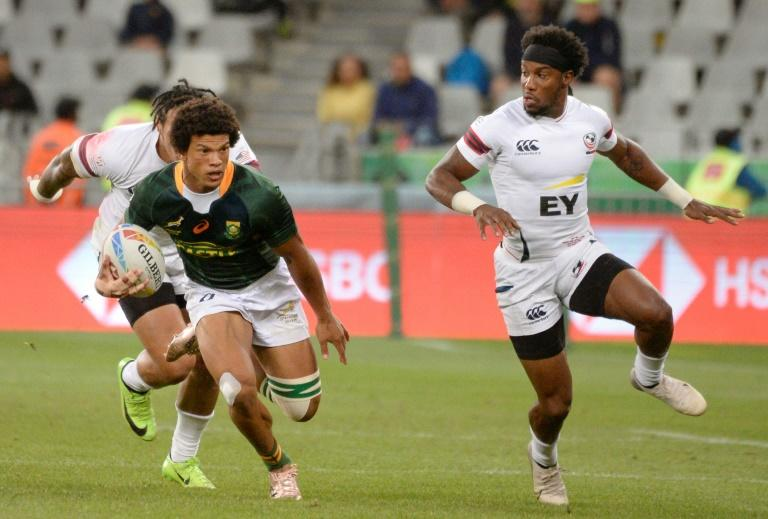 On the run: South Africa's Kurt-Lee Arendse in action against the United States