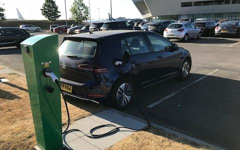 VW e-Golf LT 240718
