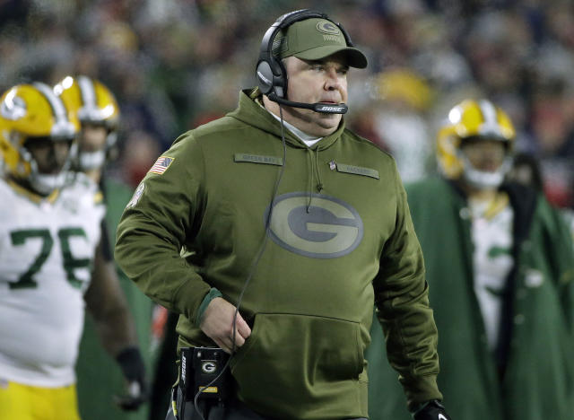 It's not going too well for Mike McCarthy and the Green Bay Packers. (AP Photo)