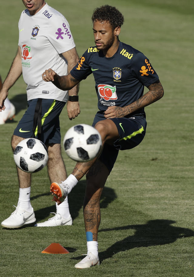 Brazil's Neymar practices during a training session in Sochi, Russia, Thursday, June 14, 2018. Brazil will face Switzerland on June 17 in the group E for the soccer World Cup. (AP Photo/Andre Penner)