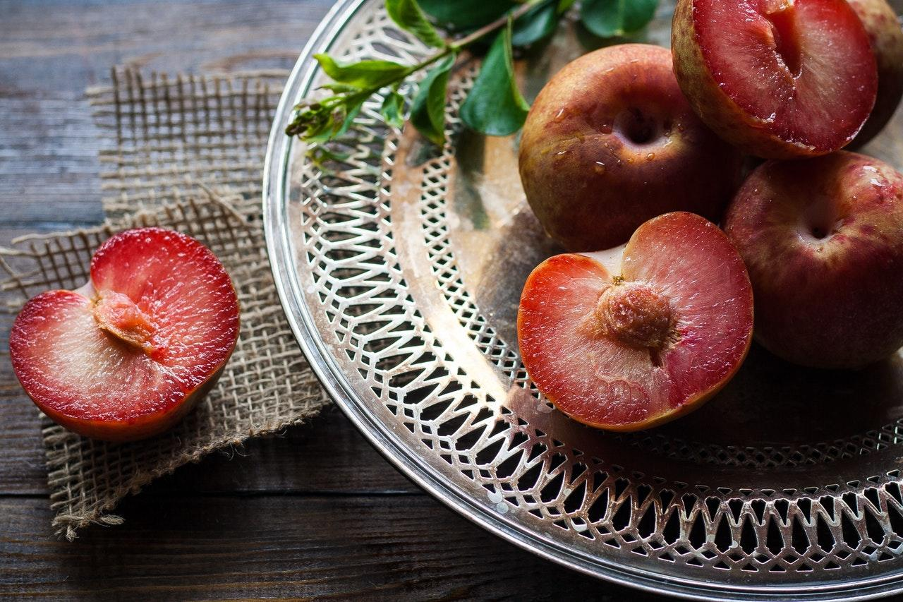 <p>According to Dr Glenville, stone fruits like plums are packed with sugar alcohols, which can ferment causing bloating and gas. [Photo: Pixabay via Pexels] </p>