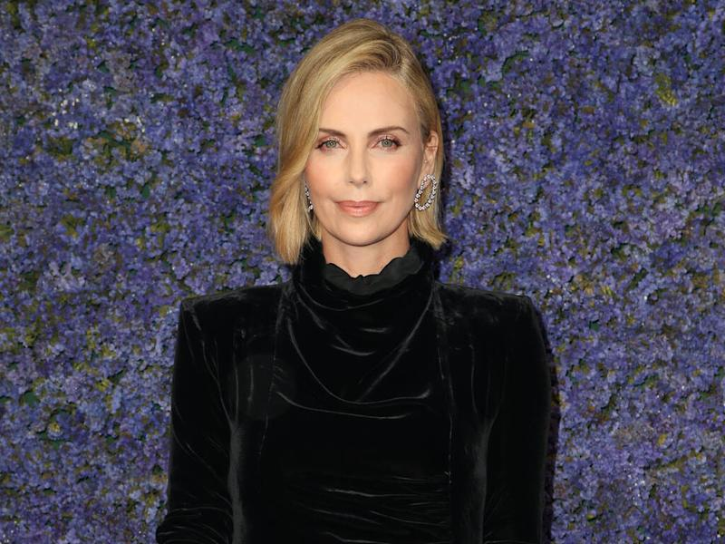 Charlize Theron promises to name famous sexual harasser