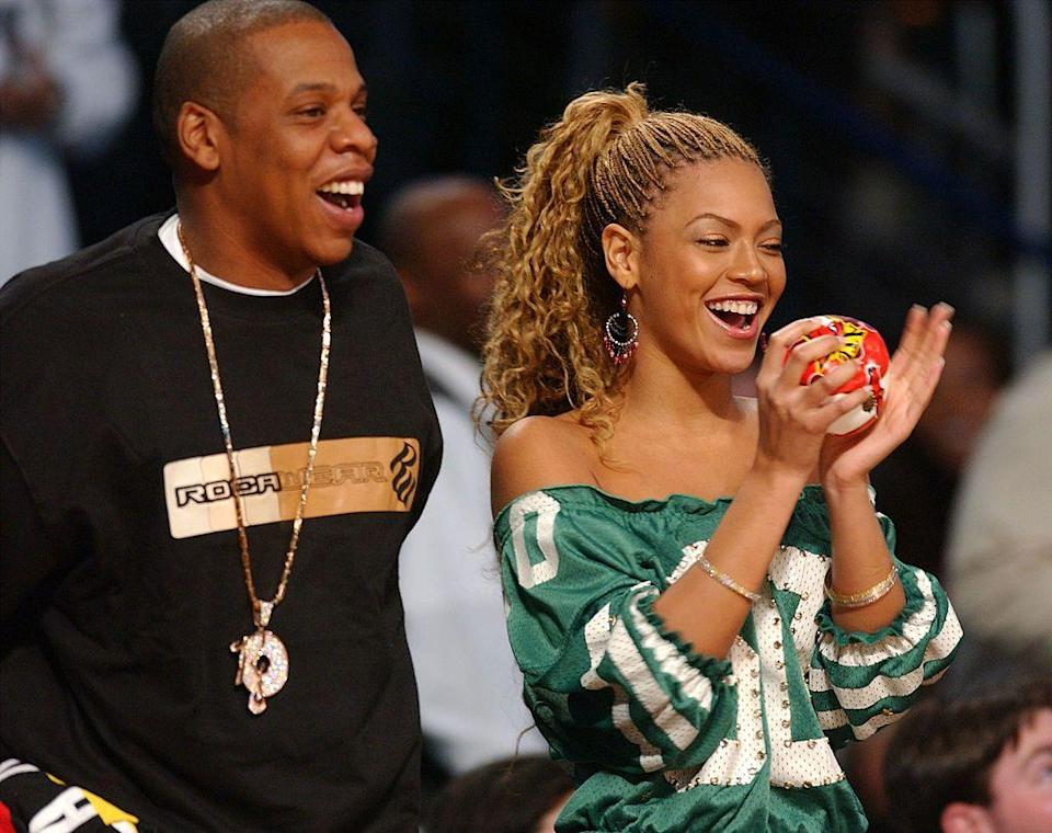 <p>Another early public date for the new couple at... you guessed it... an NBA all star game.</p>