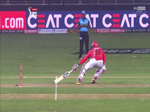 Umpiring error made by on-field official during Delhi and Punjab's IPL match (Photo/ Virender Sehwag Twitter)