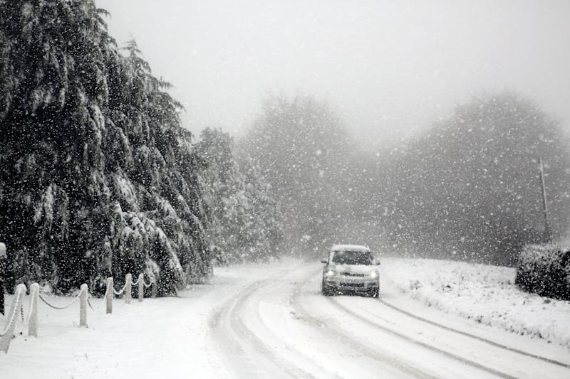 The Met Office issued several alerts for snow across the South East and South West of England, South Wales and the West Midlands until 10am. (SWNS)