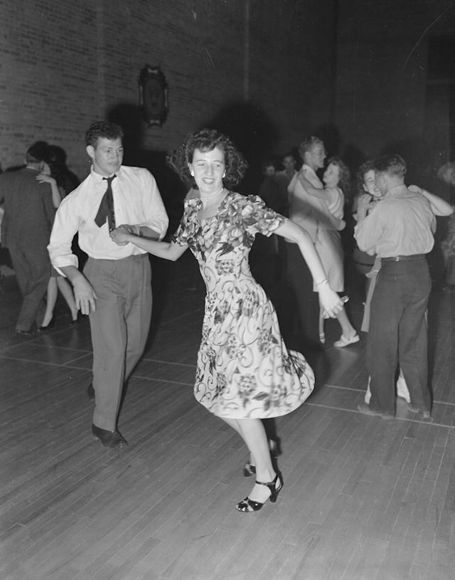 <p>A young couple dances at a Fourth of July celebration in Price, Utah, 1946. (Photo: Smith Collection/Gado/Getty Images) </p>
