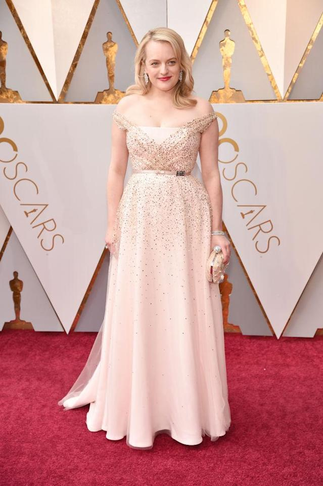 <p>Elisabeth Moss attends the 90th Academy Awards in Hollywood, Calif., March 4, 2018. (Photo: Getty Images) </p>