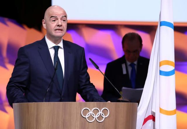 FILE PHOTO: FIFA president Infantino gives oath after his election as IOC member in Lausanne