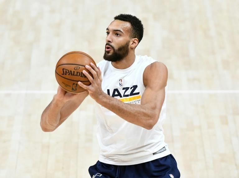 Rudy Gobert à l'échauffement avec le Jazz avant d'affronter les Brooklyn Nets à Salt Lake City, le 24 mars 2021