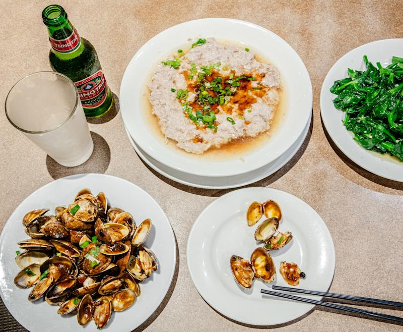 My ideal dinner at Sing Yee Chinese Restaurant.