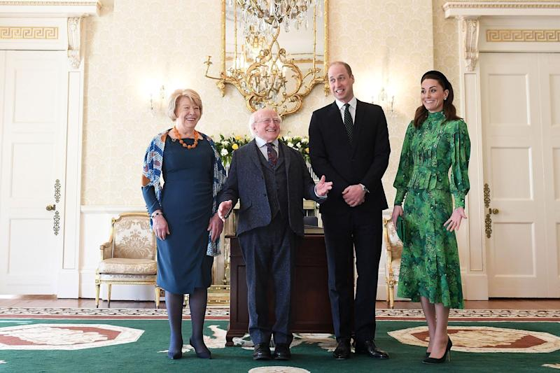 Sabina Coyne, Irish President Michael Higgins, Prince William and the Duchess of Cambridge pose. (Photo: Samir Hussein via Getty Images)
