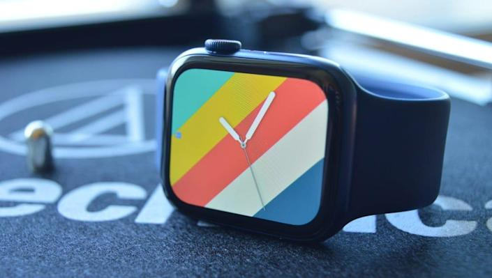 Apple's latest-and-greatest smartwatch just got a huge price cut.