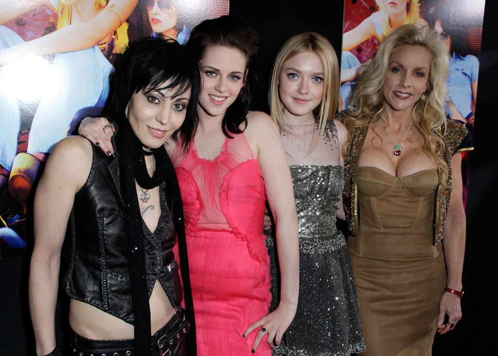 """<a href=""""http://movies.yahoo.com/movie/contributor/1800060086"""">Joan Jett</a>, <a href=""""http://movies.yahoo.com/movie/contributor/1807776250"""">Kristen Stewart</a>, <a href=""""http://movies.yahoo.com/movie/contributor/1804501481"""">Dakota Fanning</a> and <a href=""""http://movies.yahoo.com/movie/contributor/1800067410"""">Cherie Currie</a> at the Los Angeles premiere of <a href=""""http://movies.yahoo.com/movie/1810129048/info"""">The Runaways</a> - 03/11/2010"""