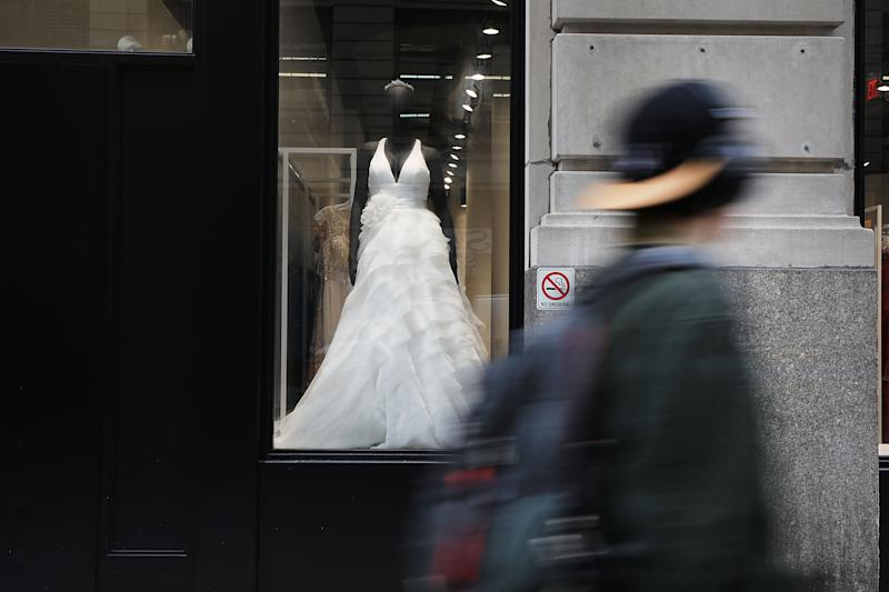 David's Bridal will no longer charge plus-size brides more. (Photo: Spencer Platt/Getty Images)