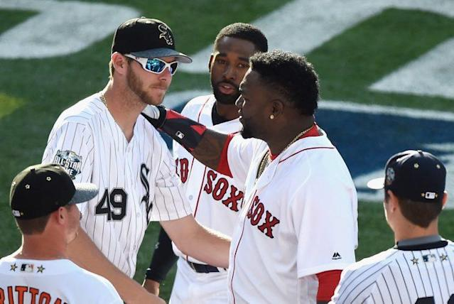 David Ortiz #34 of the Boston Red Sox talks with Chris Sale #49 of the Chicago White Sox during the 87th Annual MLB All-Star Game. (Photo by Denis Poroy/Getty Images)