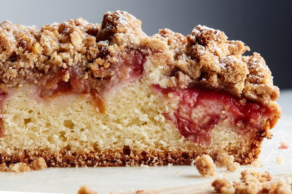 """A layer of sliced plums gives this coffeecake a boost of flavor—and its pretty color. <a href=""""https://www.epicurious.com/recipes/food/views/plum-streusel-coffeecake-13137?mbid=synd_yahoo_rss"""" rel=""""nofollow noopener"""" target=""""_blank"""" data-ylk=""""slk:See recipe."""" class=""""link rapid-noclick-resp"""">See recipe.</a>"""