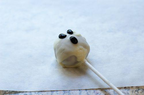 """<p>How adorable is this little """"ghost""""? Your kids will love decorating cake balls to look like one of the most recognizable Halloween characters around.</p><p><strong><a href=""""https://thepioneerwoman.com/cooking/cake-balls-halloween-style/"""" rel=""""nofollow noopener"""" target=""""_blank"""" data-ylk=""""slk:Get the recipe"""" class=""""link rapid-noclick-resp"""">Get the recipe</a>.</strong></p><p><a class=""""link rapid-noclick-resp"""" href=""""https://go.redirectingat.com?id=74968X1596630&url=https%3A%2F%2Fwww.walmart.com%2Fip%2FThe-Pioneer-Woman-Spring-10-Piece-Baking-Prep-Set-Teal%2F269954471&sref=https%3A%2F%2Fwww.thepioneerwoman.com%2Ffood-cooking%2Fmeals-menus%2Fg32110899%2Fbest-halloween-desserts%2F"""" rel=""""nofollow noopener"""" target=""""_blank"""" data-ylk=""""slk:SHOP BAKING TOOLS"""">SHOP BAKING TOOLS </a></p>"""