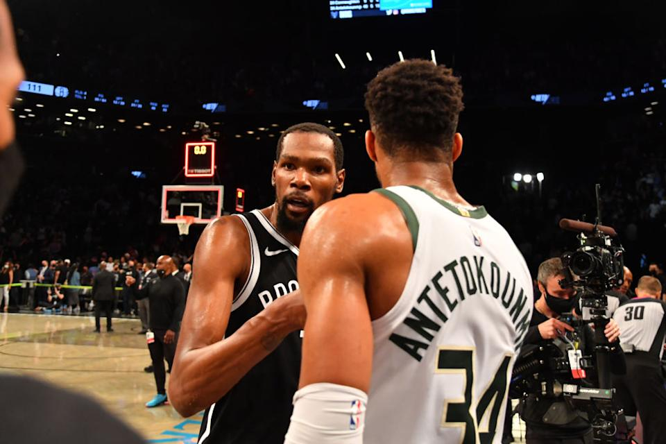 Kevin Durant posted one of the best multi-game playoff performances in NBA history, but it's Giannis with the clear path to an NBA title now. (Getty)