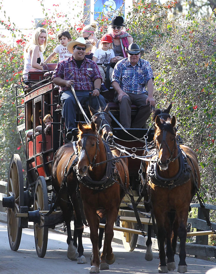 Giddyup! Gwen Stefani took her sons Kingston, 5, and Zuma, 3, for a ride  on a horse-drawn carriage during a sunny day at Knott's Berry Farm in  Buena Park, California, on Saturday. (3/3/2012)