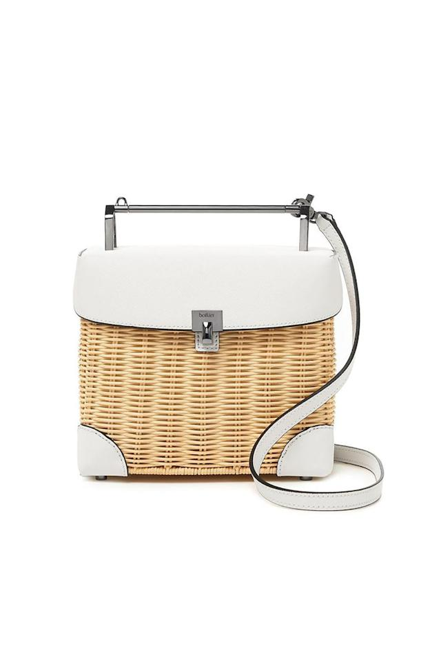 """<p><strong>Botkier</strong></p><p>bloomingdales.com</p><p><strong>$208.60</strong></p><p><a href=""""https://go.redirectingat.com?id=74968X1596630&url=https%3A%2F%2Fwww.bloomingdales.com%2Fshop%2Fproduct%2Fbotkier-lennox-lunchbox-wicker-crossbody%3FID%3D3275278&sref=http%3A%2F%2Fwww.marieclaire.com%2Ffashion%2Fg27793695%2Flunch-bags%2F"""" target=""""_blank"""">SHOP IT </a></p><p>If you're looking for a 9-to-5 lunch bag that doubles as an accessory on the weekends, consider this option from Botkier. It has the vintage vibe of a picnic basket without the hassle of actually having to pack food for a large group. </p>"""