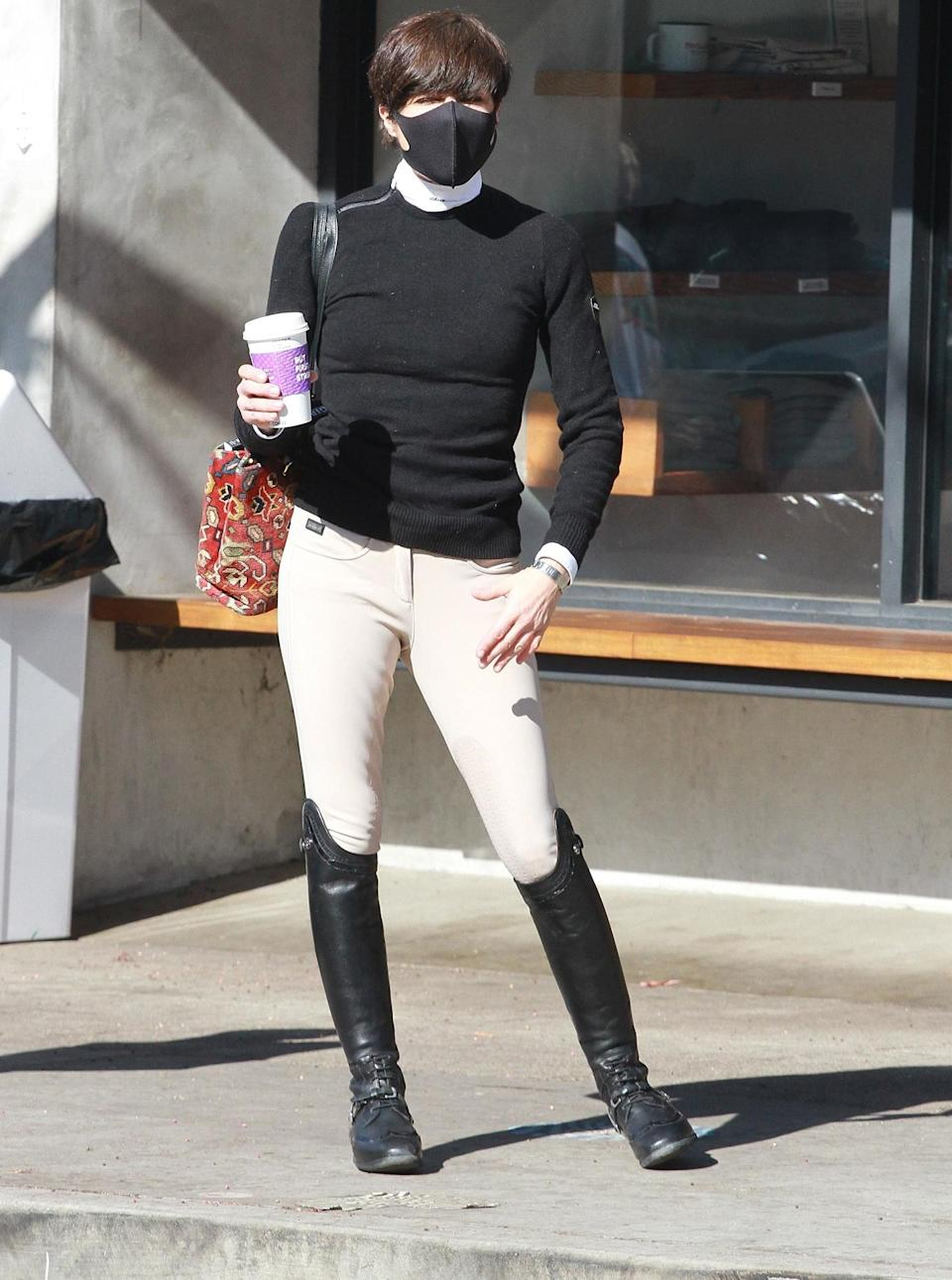 <p>Selma Blair looks ready to ride while out grabbing coffee in L.A. on Thursday.</p>
