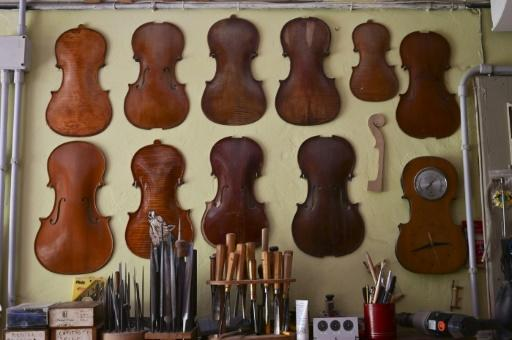 Stefano Conia's workshop -- just one of the 160 in Cremona -- has not changed for decades