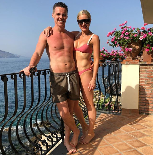 <p>Roxy and husband Oliver Curtis have been making the most of the great outdoors in Italy.<br />Source: Instagram/roxyjacenko </p>