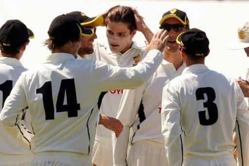 Unheralded 19-year old pacer Aaron Hardie scalps Virat Kohli
