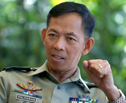 Jovito Palparan gives an interview with AFP at the Philippine Army Headquarters in Manila in 2006. A Philippine court on Tuesday ordered the arrest of the retired Philippine army general for the 2006 abduction of two university students, the justice department said