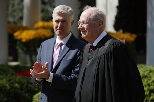 Justice Anthony Kennedy, right, with Justice Neil Gorsuch. (Photo: Chip Somodevilla/Getty Images)