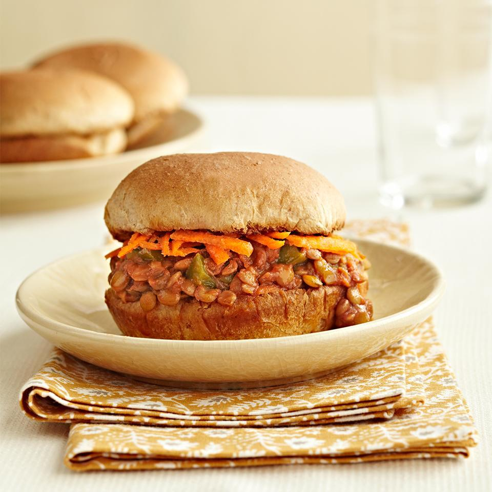 <p>This simple recipe for slow-cooked sloppy joes is perfect for vegetarians as the traditional beef is replaced with heart-healthy lentils.</p>