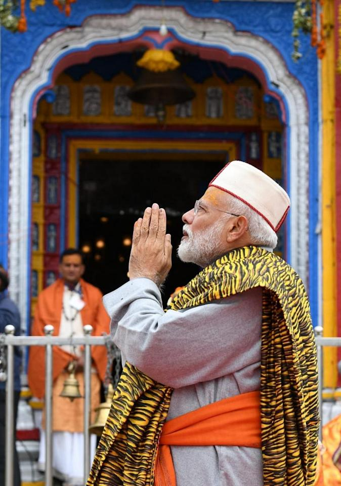 PM Narendra Modi offers prayers at Kedarnath Temple, during his two day pilgrimage to Himalayan shrines, in Rudraprayag district. (Image: PTI)