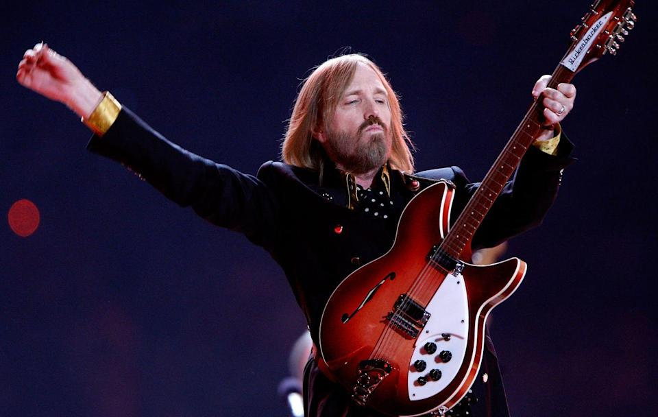 <p>Kay, moving on to 2008. To which I say<em> hi and good morning to Tom Petty's perfectly flatironed hair only!</em></p>