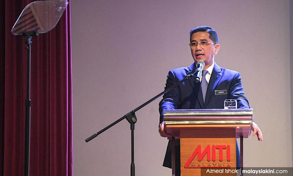 Malaysians vent about Azmin on Austrian minister's FB page