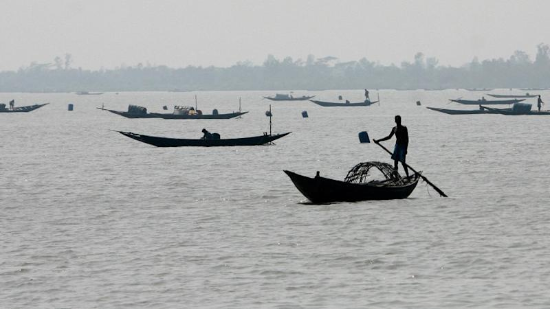 Indian Fishermen Save Their Pakistani Captors From Drowning