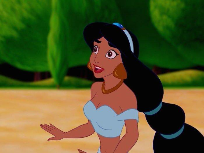 But she has beautifully manicured talons in this scene. Photo: Disney