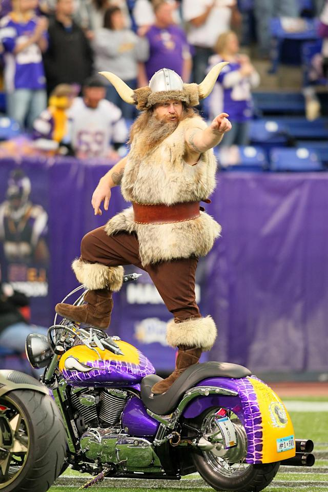 <p>Minnesota Vikings mascot Ragnar gets fans excited before the game against the Oakland Raiders at Mall of America Field on November 21, 2011 in Minneapolis, Minnesota. (Photo by Adam Bettcher /Getty Images) </p>