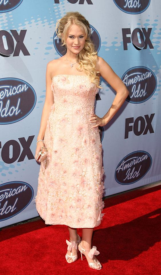 """American Idol"" Season 4 winner Carrie Underwood during ""American Idol"" Season 5 - Finale - Arrivals at Kodak Theater in Hollywood, California, United States. (Photo by Jason Merritt/FilmMagic)"