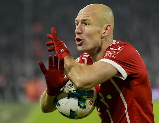 Veteran midfielder Arjen Robben has vowed he will not retire if Bayern Munich fail to offer him a contract extension