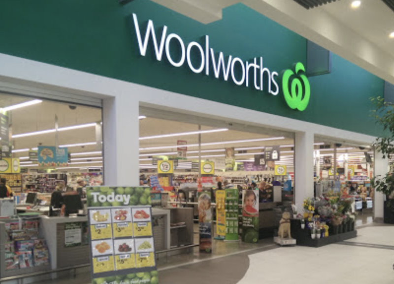 A photo of Woolworths Cranbourne North in Melbourne.