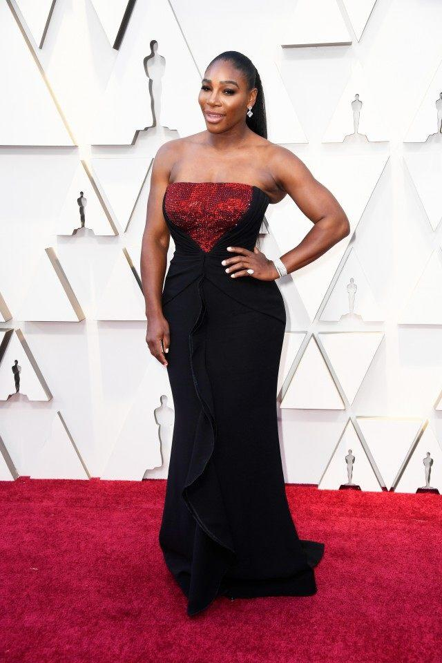 f67ac43791c Serena Williams Slays the 2019 Oscars in Body-Hugging Black Gown
