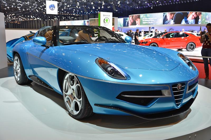 Tourings Alfa Romeo Disco Volante Spider Is A Convertible Flying Saucer
