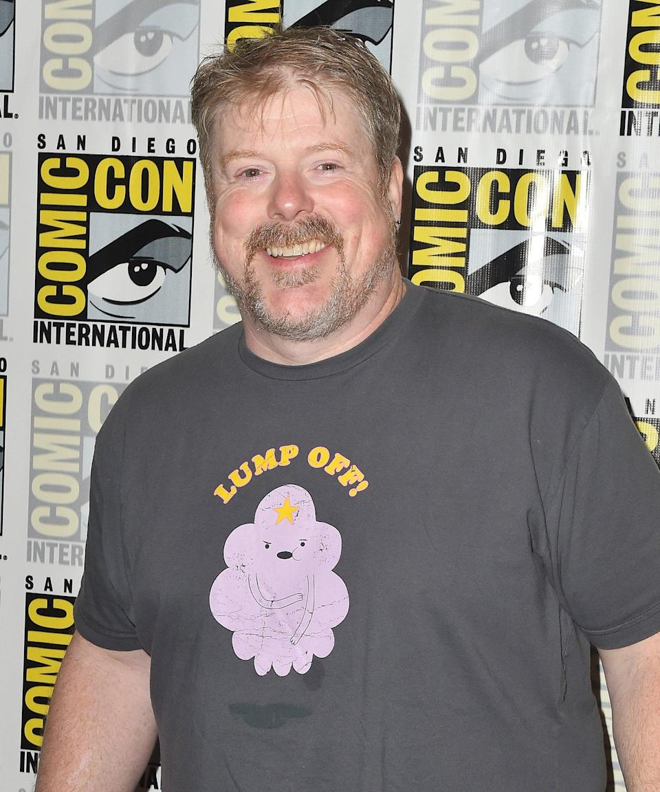 """<h3>John DiMaggio Voices King Zøg</h3><br><strong>Who Is King Zøg?</strong><br>King Zog is Bean's father, the ruler of both Dreamland and the Royal House of Grunkwitz. After the death of Queen Dagmar he remarried Queen Oona (until she had other royal ambitions, that is). <br><br><strong>Where You've Seen John DiMaggio</strong><br>While you might not recognize John DiMaggio's face, you'll definitely recognise his voice. DiMaggio has voiced numerous animated characters, including <em>Futurama</em>'s Bender, <em>Adventure Time</em>'s Jake The Dog, and <em>Kim Possible</em>'s Dr. Drakken. <span class=""""copyright"""">Photo: Jerod Harris/Getty Images.</span>"""