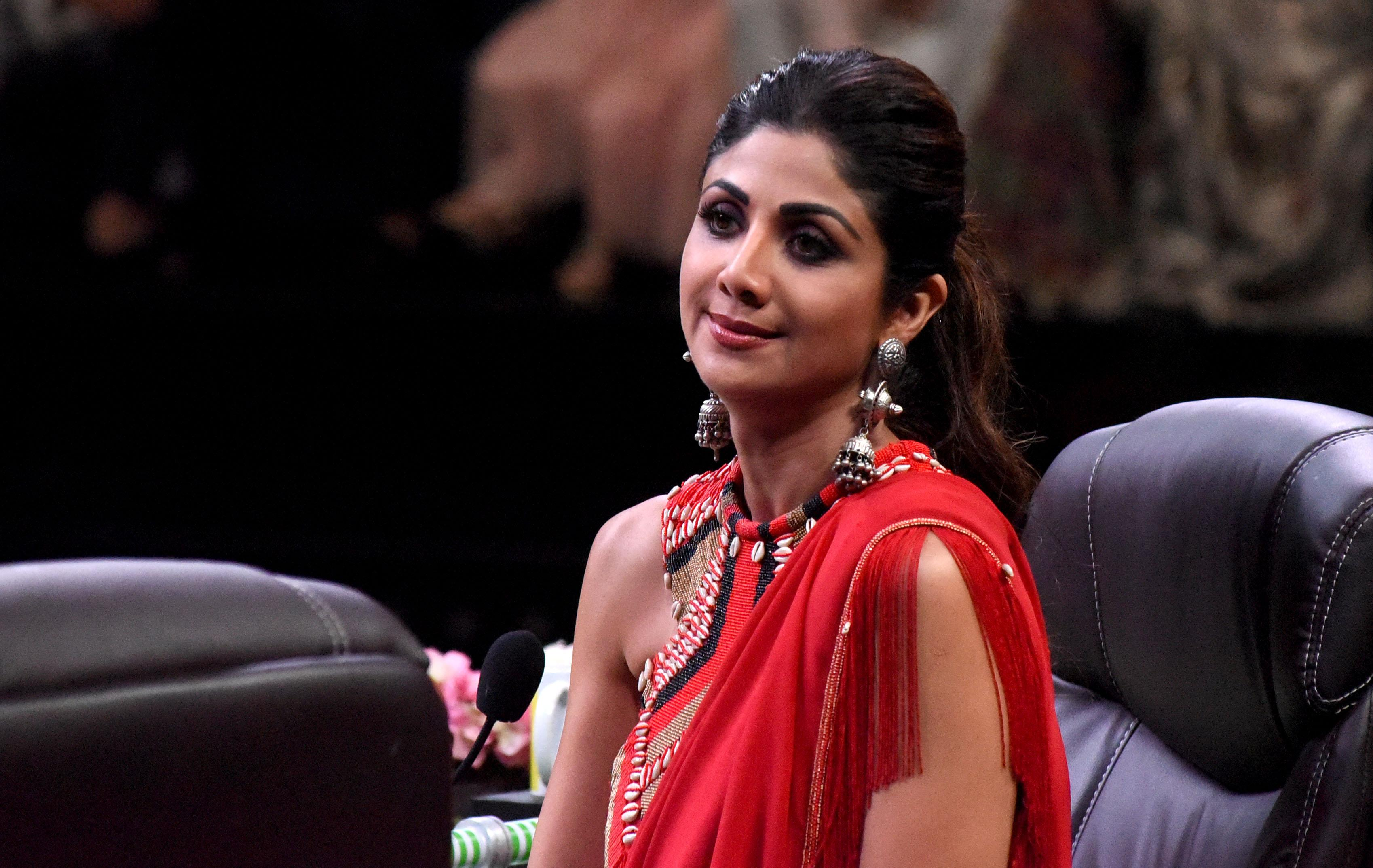 Indian Bollywood actress and judge of Indian television children's dance reality show Super Dancer Chapter 3' Shilpa Shetty looks on during the visit of Indian Bollywood actors (unseen) Alia Bhatt, Varu Dhawan and Sonakshi Sinhathe to the program to promote the upcoming period drama Hindi film 'Kalank' in Mumbai on March 25, 2019. (Photo by Sujit Jaiswal / AFP) (Photo credit should read SUJIT JAISWAL/AFP/Getty Images)