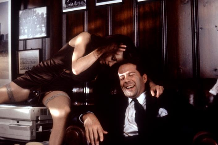 Beth Broderick and Bruce Willis in 'The Bonfire of the Vanities' (Photo: Warner Bros./courtesy Everett Collection)