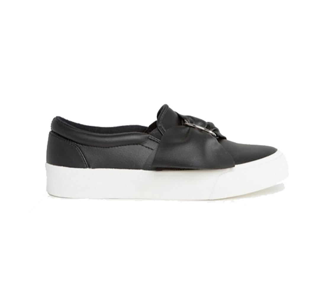 "<p><strong>ASOS</strong> Digger D-Ring, Sneakers, $23, <a rel=""nofollow"" href=""http://us.asos.com/asos/asos-digger-d-ring-sneakers/prd/6626173?iid=6626173&clr=Black&SearchQuery=sneakers&pgesize=36&pge=1&totalstyles=82&gridsize=3&gridrow=2&gridcolumn=1"">asos.com</a> </p>"